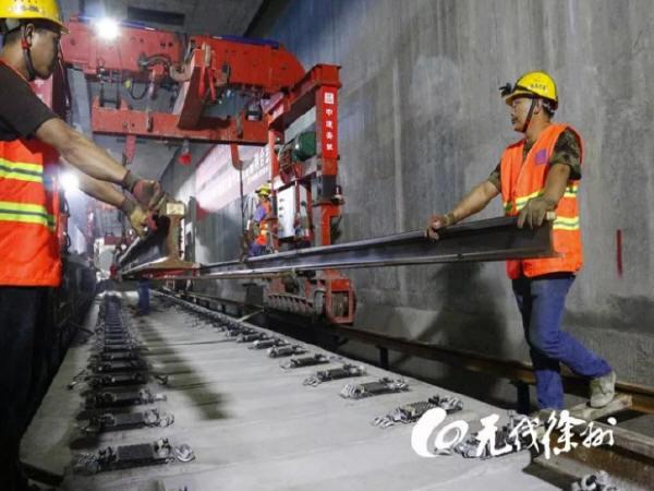 徐州第一条地铁轨道,通了!