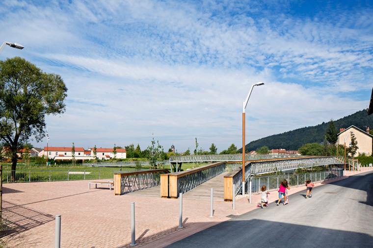 法国默尔特河岸景观设计_10