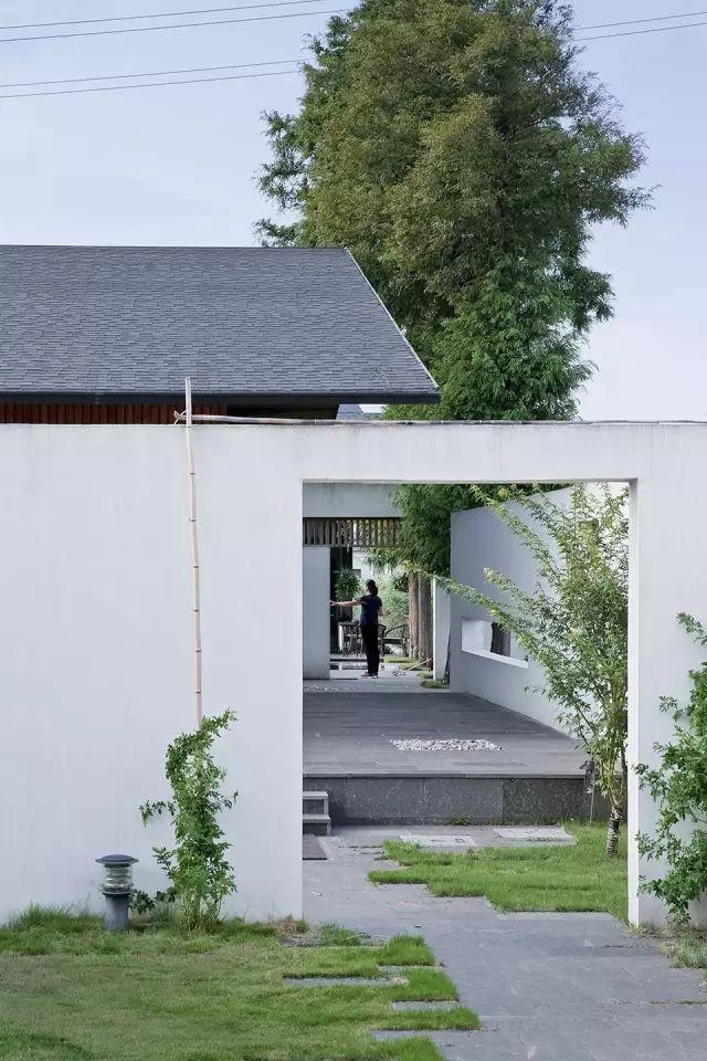 这个建在农村的房子,让城里人都羡慕不已_16