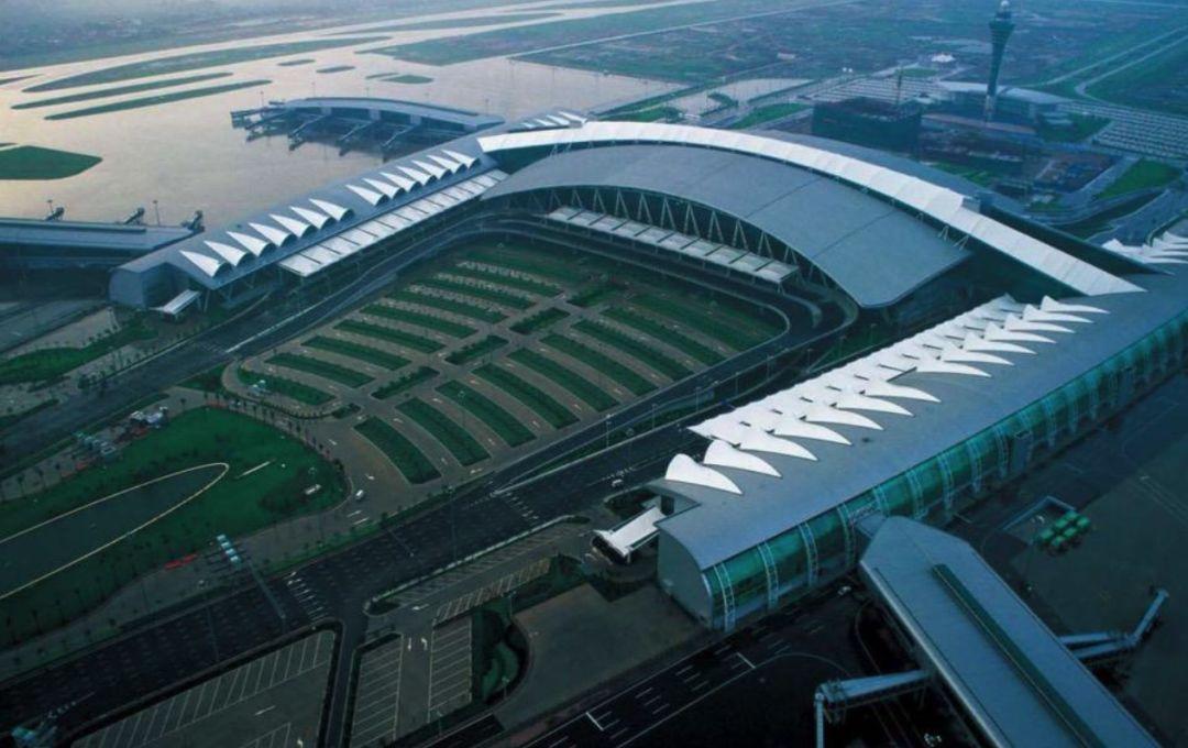 漫谈金属屋面的建筑设计应用(1)——广州新白云国际机场航站楼_7
