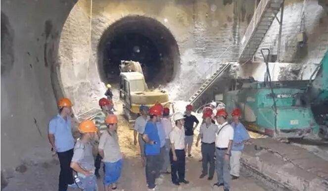 地铁明挖车站主体结构施工关键技术
