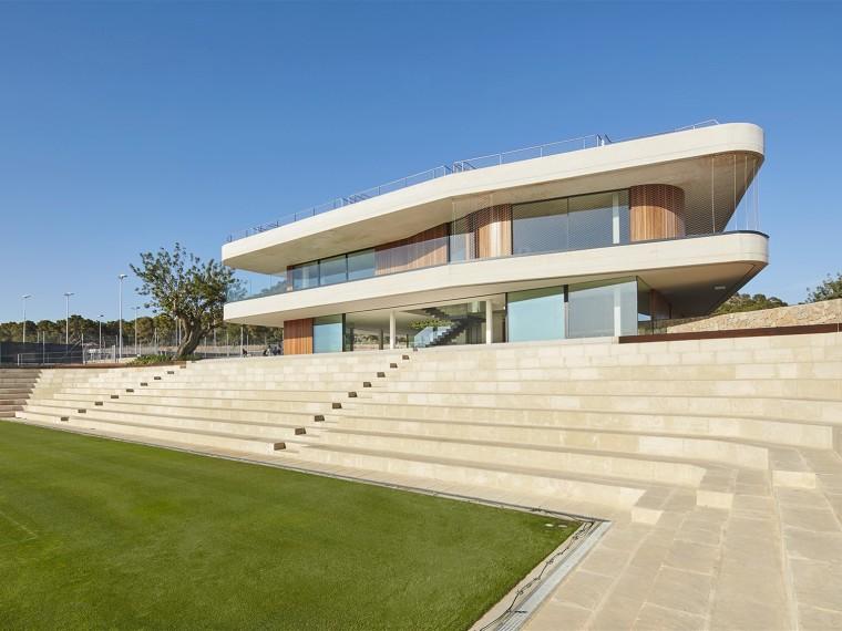 西班牙网球梯田形的体育场