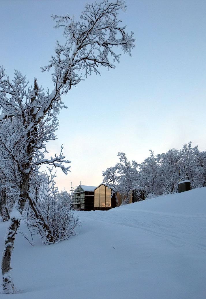 挪威当代山地小屋_2