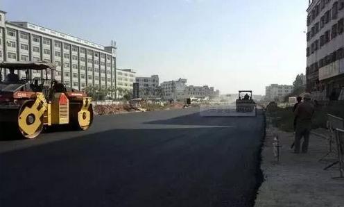 市政道路沥青路面透层施工技术