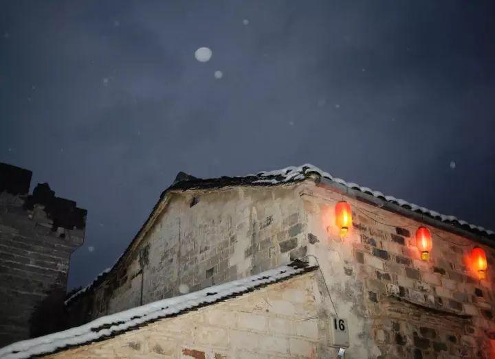 当最美的古镇下了雪,简直惊艳了整个冬天_8