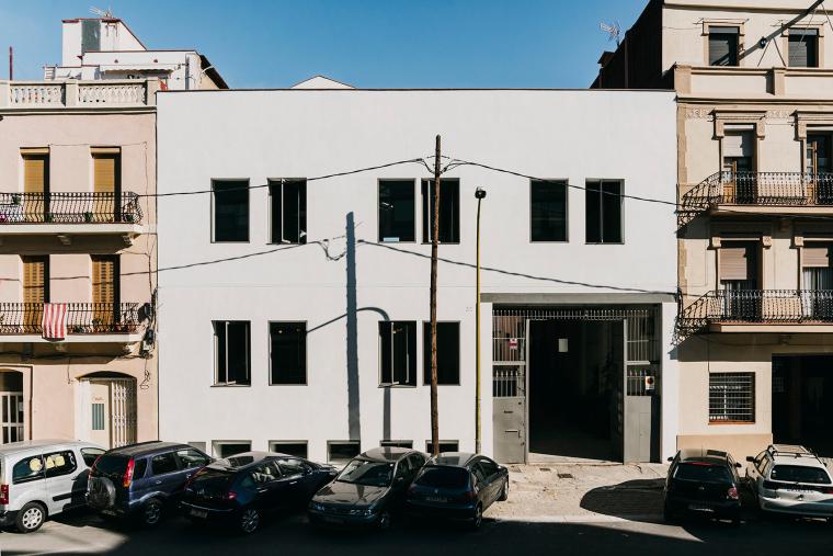 仓库建筑的古典风格Montoya办公楼-1