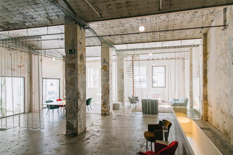 仓库建筑的古典风格Montoya办公楼内部实景图 (2)