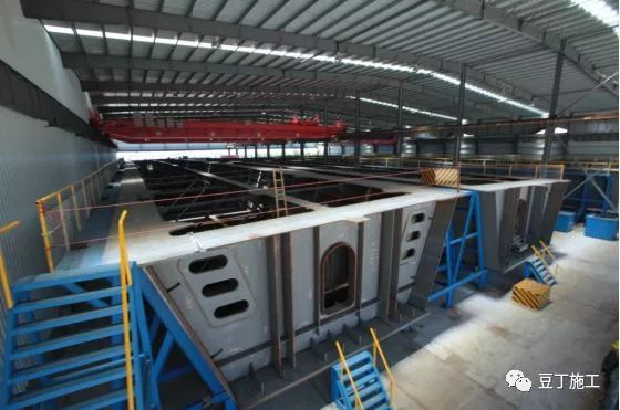 案例欣赏:港珠澳大桥8大关键施工技术_17