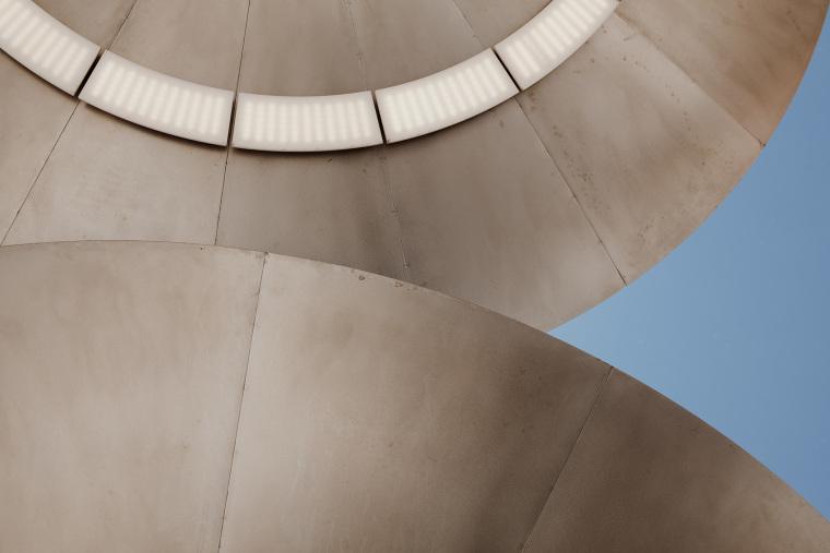 莫斯科办公楼顶的吸烟亭-18
