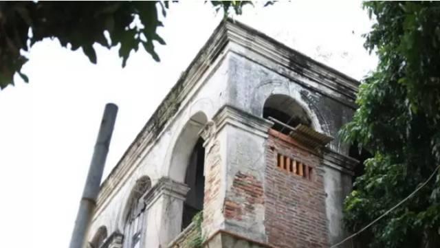 建筑结构加固设计使用年限怎样确定?