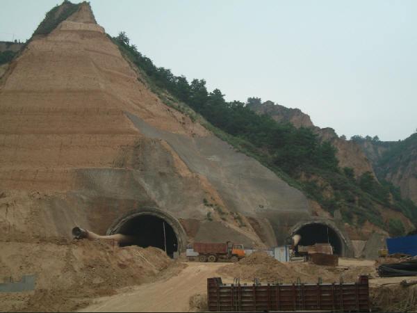 黄土隧道质量控制要点