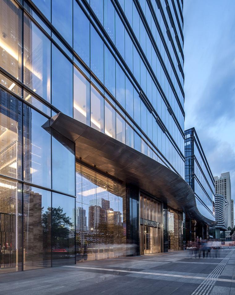 国际金融商务的皇庭大厦-8