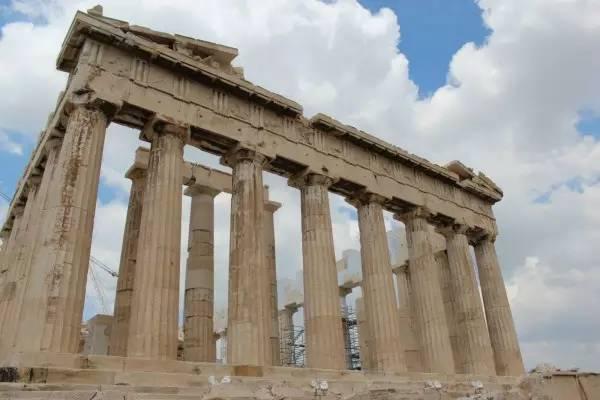 全球50个地标性建筑,认识10个就算你合格!-巴特农神庙(希腊•雅典).jpg