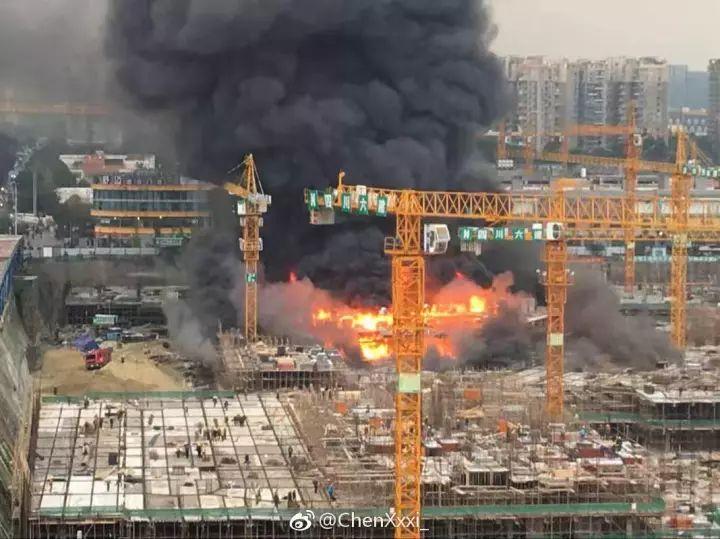 工地失火、脚手架坍塌事故接连发生,究竟该如何防范?