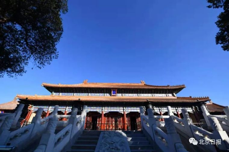 刚刚,中轴线上最后一座向公众展示的建筑群全面开放,寿皇殿!