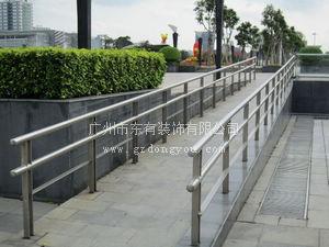 优质立柱厂家 残疾人通道不锈钢栏杆扶手B_66