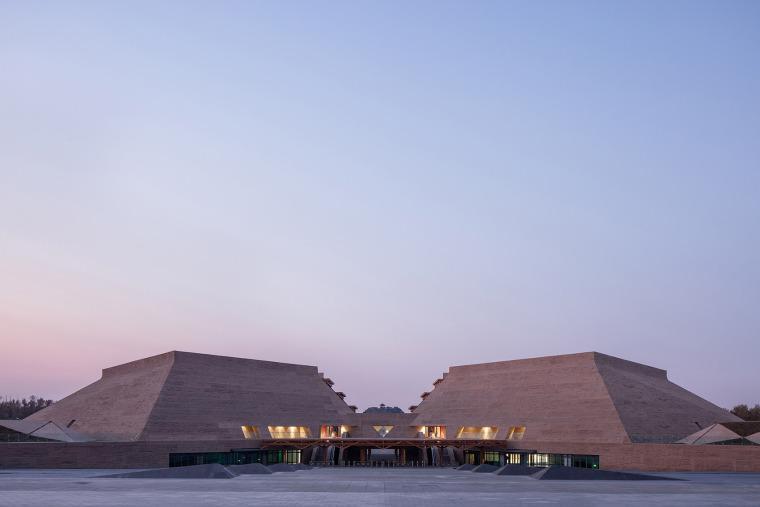 内蒙古昭君博物院