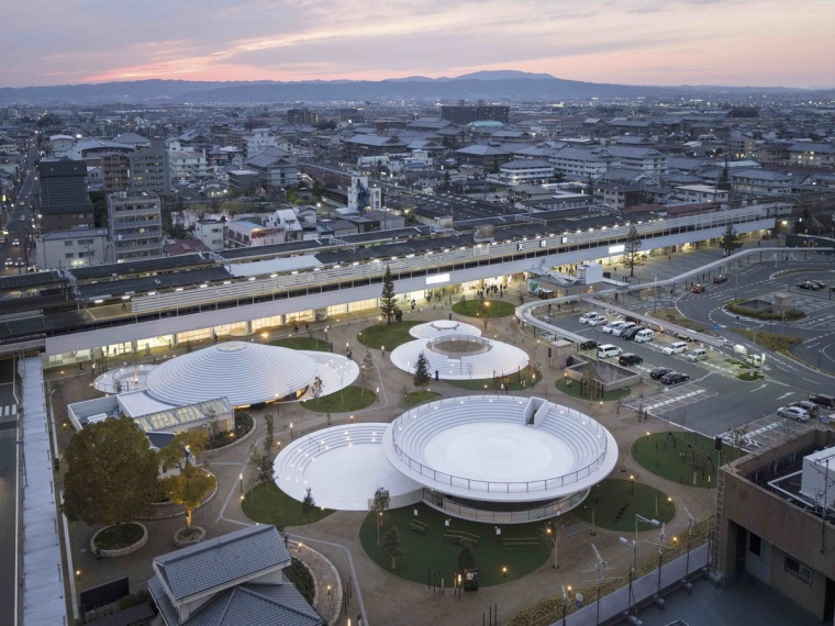 日本CoFuFun车站广场-1547709170347017
