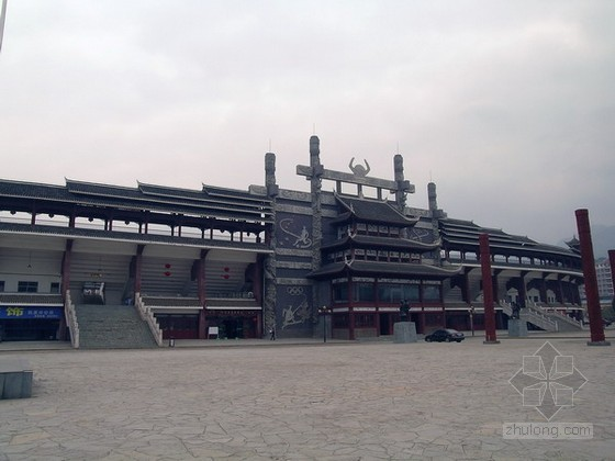 黔东南州民族体育场_2