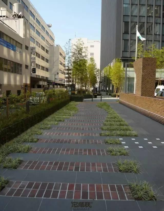 停车场也玩生态_46
