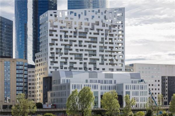 冲孔网板迈饰冲孔铝板与Skylight公寓大楼的金属幕墙