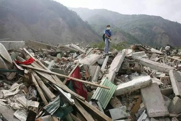 中国和日本在地震中垮掉的大楼为何不同