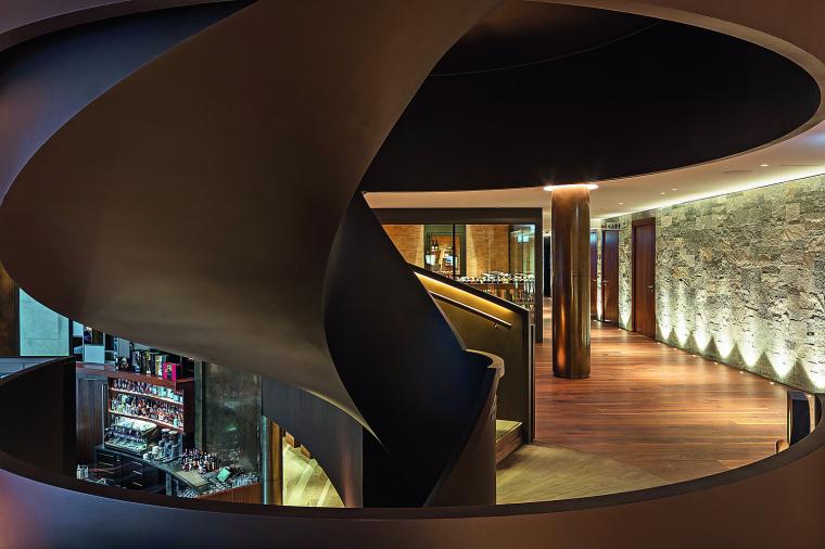 瑞士布尔根施托克酒店-Treppe_Lobby-Leonardo_Finotti