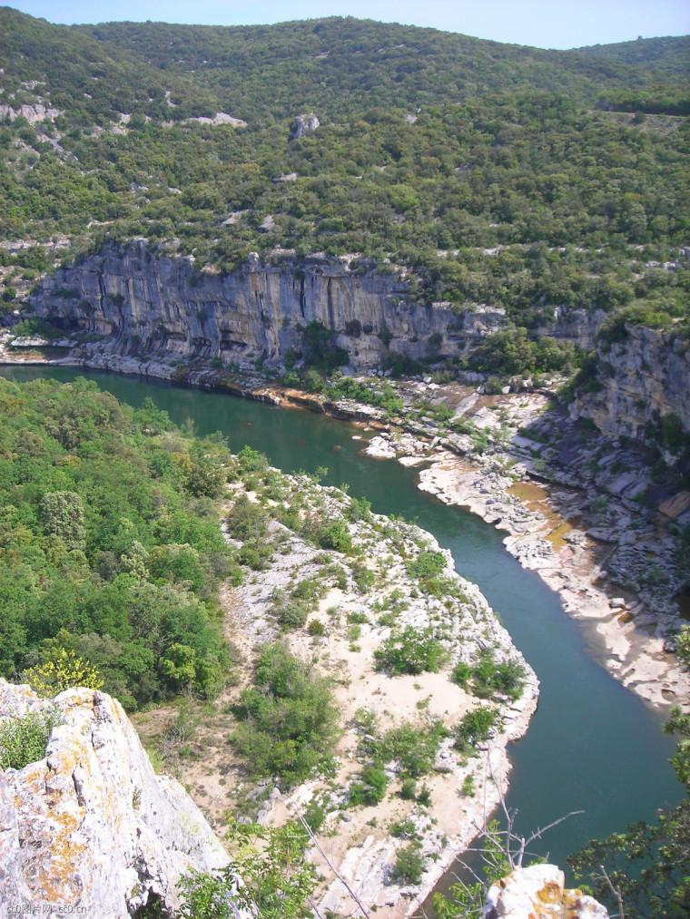 小型河堤建设项目施工组织设计