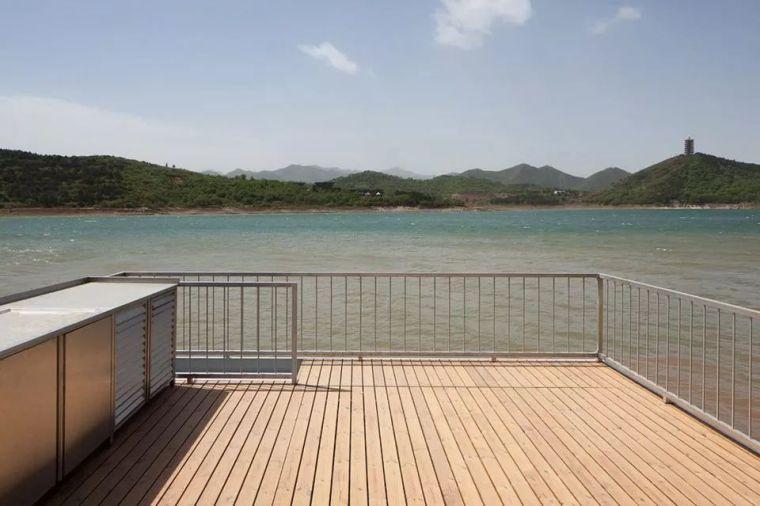超美的水上筏式酒店設計,美出了新高度_36