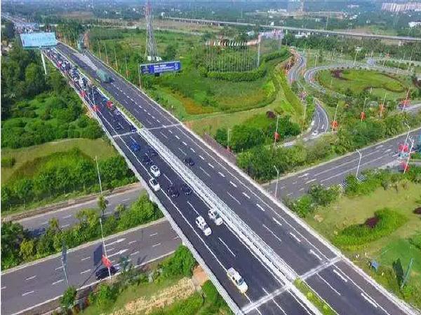 """海南万宁至洋浦高速公路等""""两路一桥""""工程进展顺利_1"""