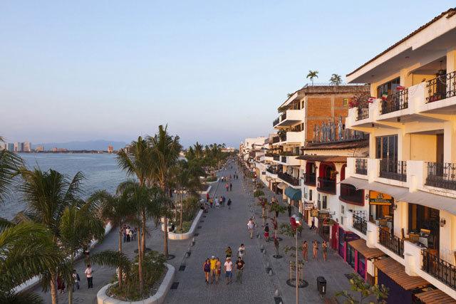 墨西哥巴亚尔塔港海滨景观设计_15