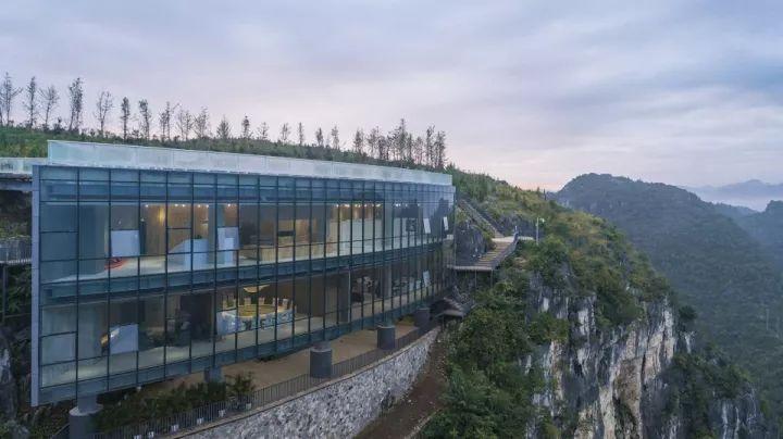 中国第一个百米崖壁上的美术馆!_13