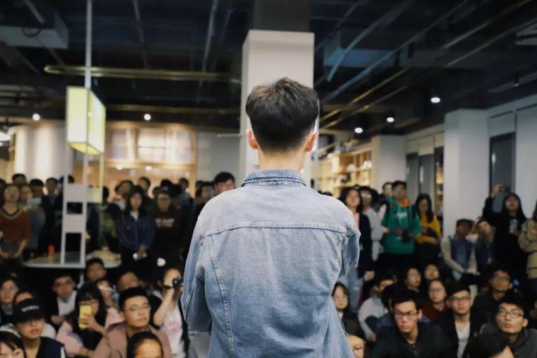 """这间上海""""最美""""大学书店,用""""社交""""重新定义郊区大学生活_28"""