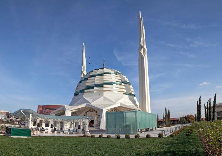 土耳其马尔马拉大学神学系清真寺-1