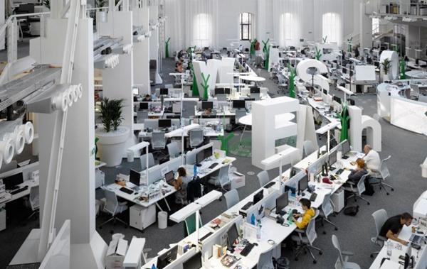 办公室装修设计中如何选择木地板