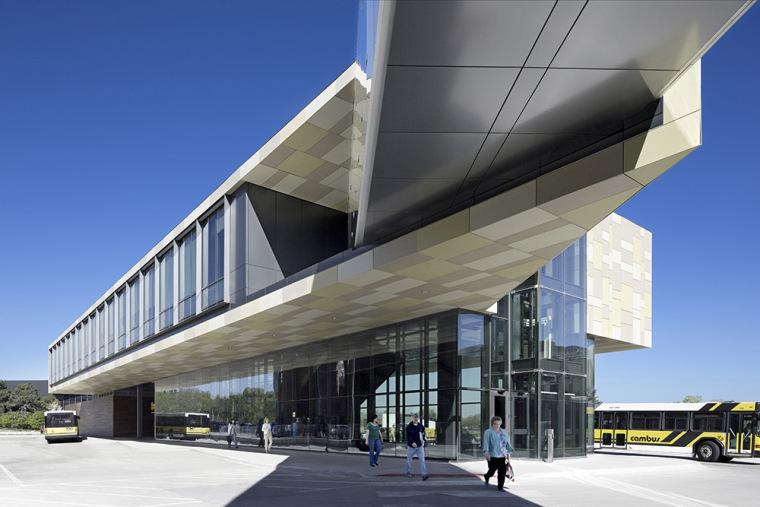 美国爱荷华大学西校区交通中转中心