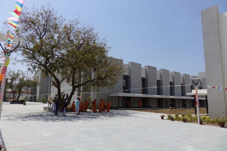 印度BAPSSwaminarayan女子寄宿学校-1
