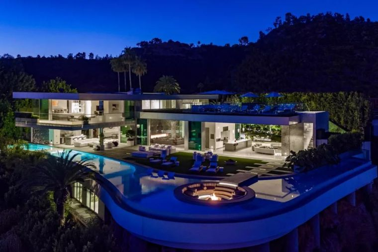 3.98亿的超级山顶豪宅,无比奢侈的观景台_7