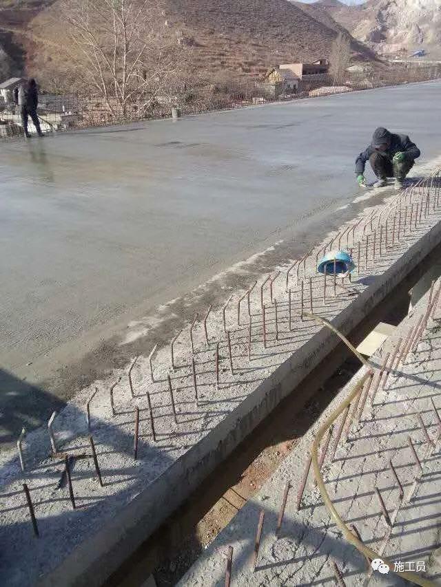 [施工技术]如何看待桥梁普遍会出现裂缝的问题?_8