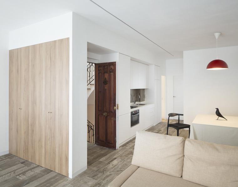 西班牙视觉艺术家的LEApartment公寓改造-1