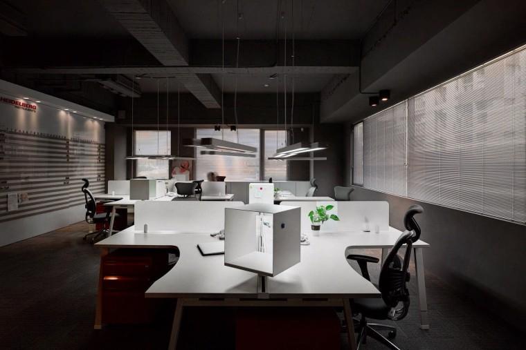 台湾电子科技公司办公室-4