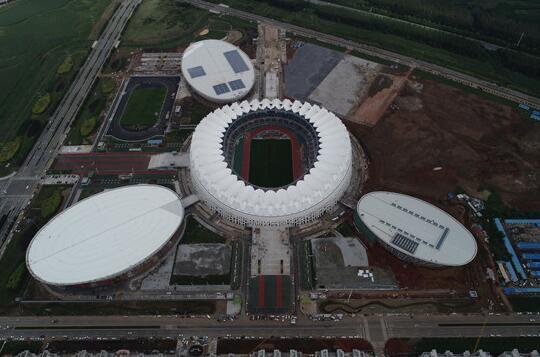 轮辐式张拉整体钢索膜结构案例--长春奥林匹克公园体育场