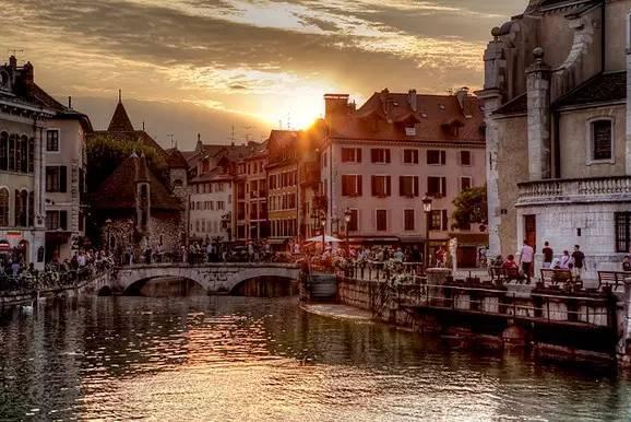 """四个最美的法国小镇,我愿在此""""终了余生""""..._25"""