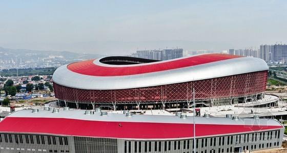 大型体育场馆弧形结构施工技术申报总结