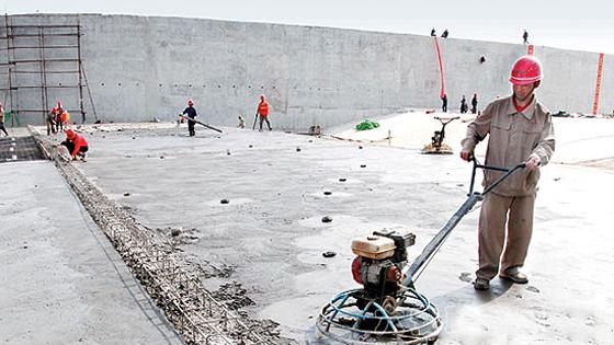 水利工程中混凝土裂缝渗透成因及其预防措施