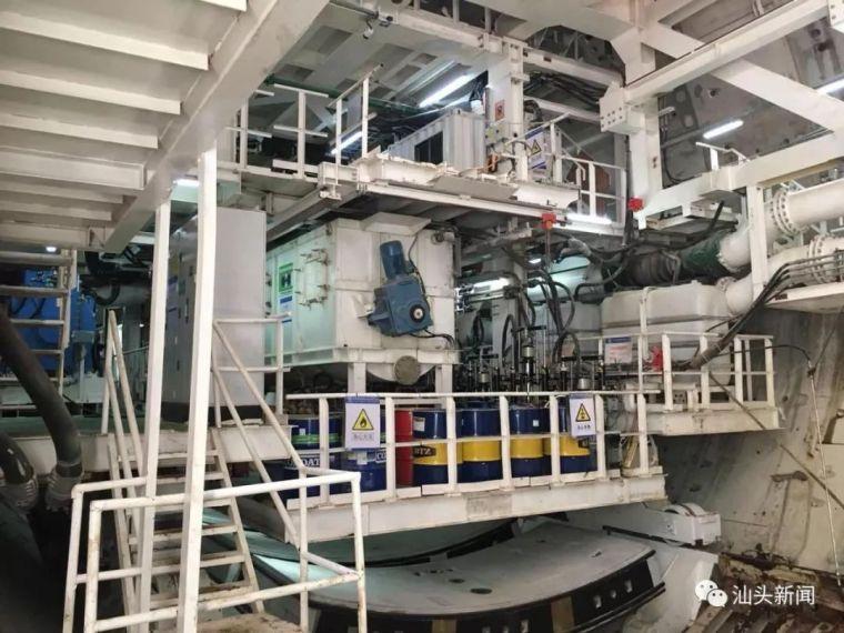 汕头海湾隧道建设稳步推进东线形成12米长主体结构_4