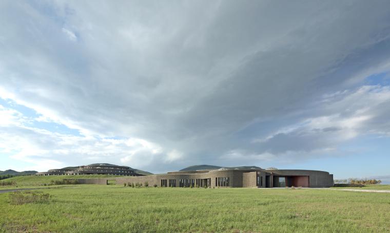 内蒙古罕山生态馆和游客中心
