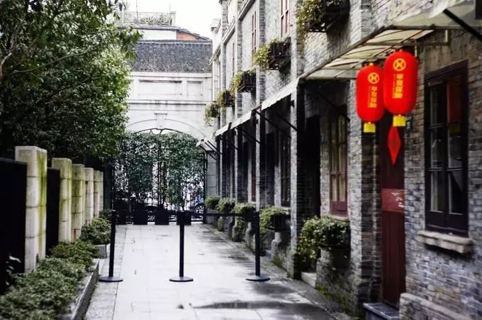 昔时24位商界巨擘众筹,留下杭州最气派的界碑门楼
